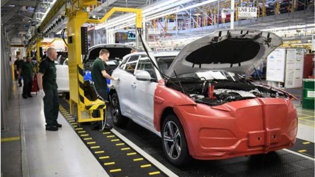 Công nghiệp ôtô Anh đứng trước nguy cơ mất 70 triệu bảng mỗi ngày - Ảnh 1.  Công nghiệp ôtô Anh đứng trước nguy cơ mất 70 triệu bảng mỗi ngày photo 1 15615103385401240848458