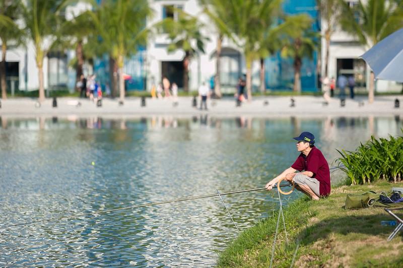 Sớm câu cá, chiều thả diều: cuộc sống trong mơ tại Vinhomes Ocean Park - Ảnh 3.