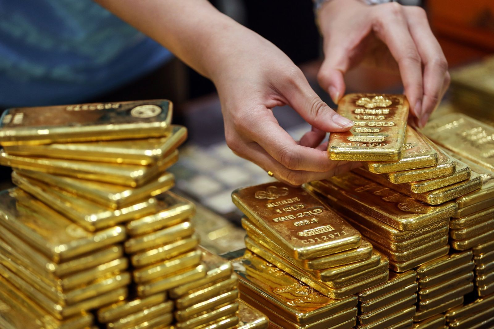 Giá vàng hôm nay 8/6: Tăng tới 200.000 đồng/lượng - Ảnh 2.