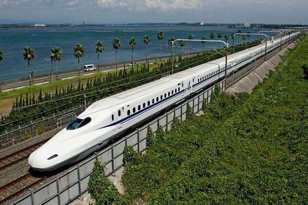 Ảo tưởng xây đường sắt cao tốc Bắc - Nam - Ảnh 1.