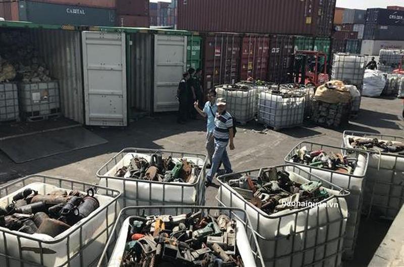 Việt Nam đối mặt nguy cơ trở thành bãi chứa rác thải công nghệ - Ảnh 1.