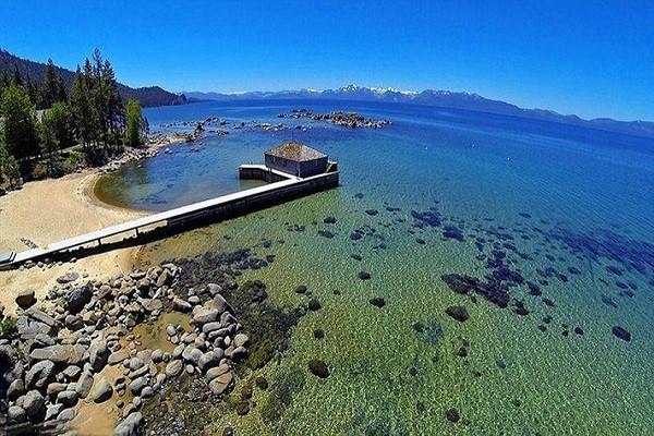 Mark Zuckerberg và giới tỷ phú đổ tiền vào đất đai quanh Hồ Tahoe - Ảnh 1.