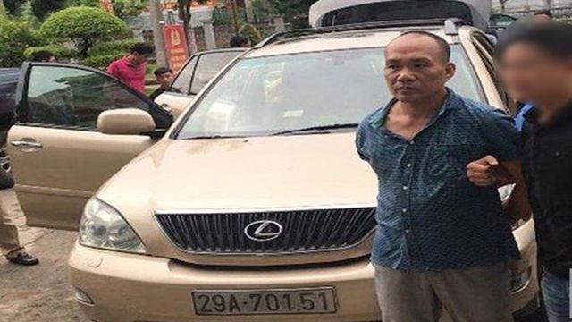 Tổng Giám đốc công ty bất động sản đi xe Lexus nghi trộm cắp tài sản - Ảnh 1.