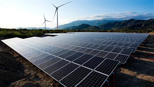 Nguy cơ 'hụt hơi' của điện than trước điện mặt trời và điện khí - Ảnh 1.