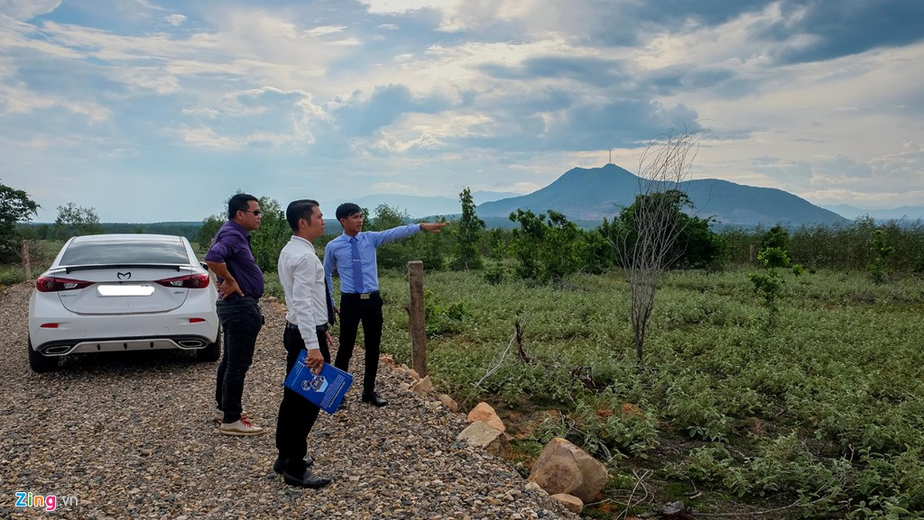 Lập dự án 'ảo' để phân lô bán nền ăn theo sân bay Phan Thiết - Ảnh 2.