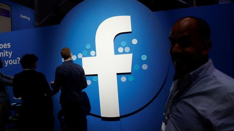 CEO Facebook bị nghi là 'thằn lằn đội lốt người', mưu đồ bá vương - Ảnh 1.