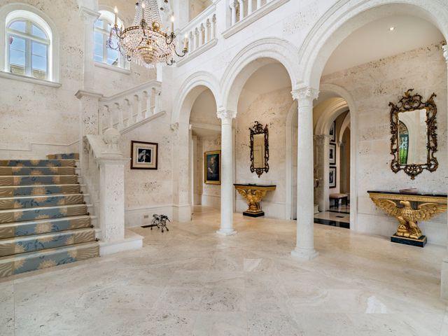 Bên trong siêu biệt thự vừa bán 110 triệu USD, phá vỡ kỷ lục BĐS mà Trump lập năm 2008 - Ảnh 7.
