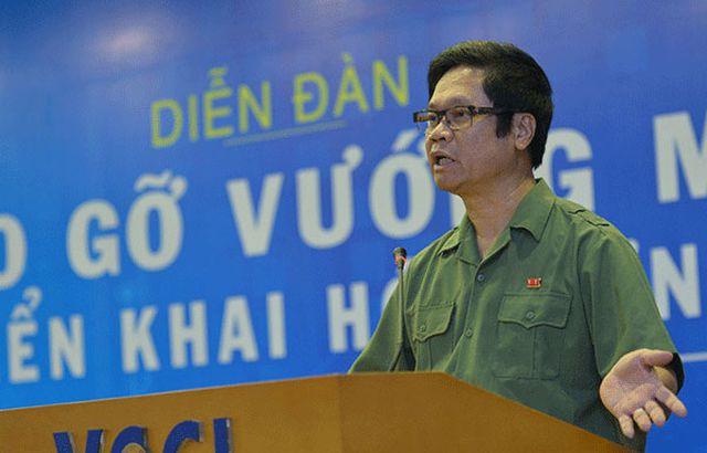 Chủ tịch VCCI: 'Không thể để 30% GDP với hơn 6 triệu hộ kinh doanh ngoài vòng pháp luật' - Ảnh 1.