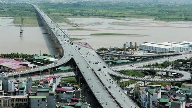 """Hà Nội 'xoay' phương án đầu tư cầu Vĩnh Tuy mới, Him Lam có """"tuột"""" quỹ đất 440 ha ở bãi ngoài đê tả sông Hồng? - Ảnh 1."""