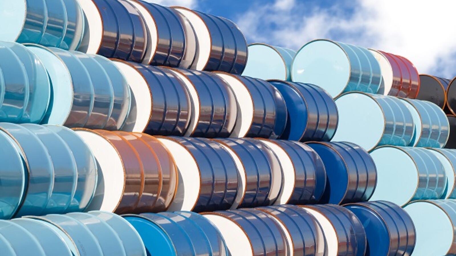 shutterstock_oil_barrels_Jan10