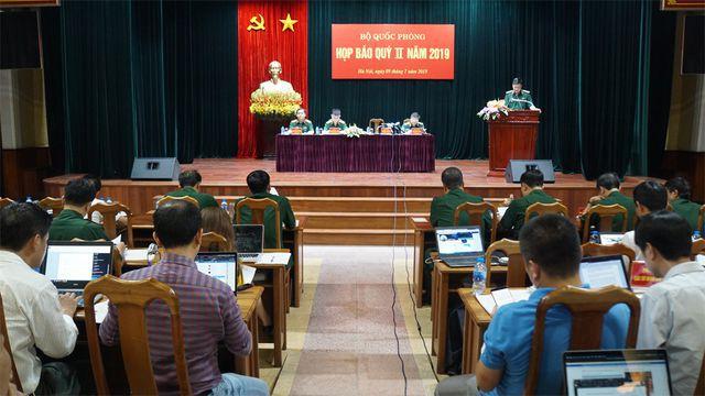 Bộ Quốc phòng đang làm các thủ tục kỷ luật nguyên Thứ trưởng Nguyễn Văn Hiến - Ảnh 1.