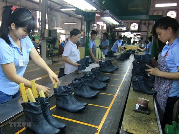 Đồng nhân dân tệ giảm tác động như nào tới ngành dệt may, da giày? - Ảnh 2.