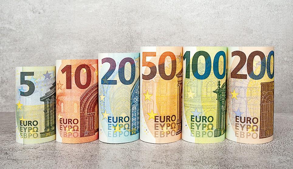 Tỷ giá Euro hôm nay (13/8): Giá Euro ngân hàng biến động trái chiều - Ảnh 1.