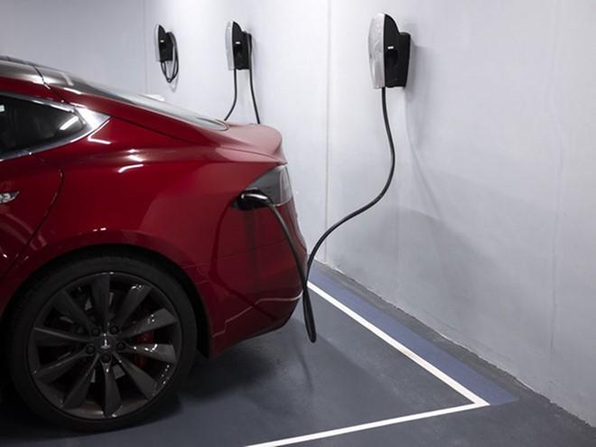 Thuế 0% chờ xe ô tô sử dụng năng lượng sạch - Ảnh 2.
