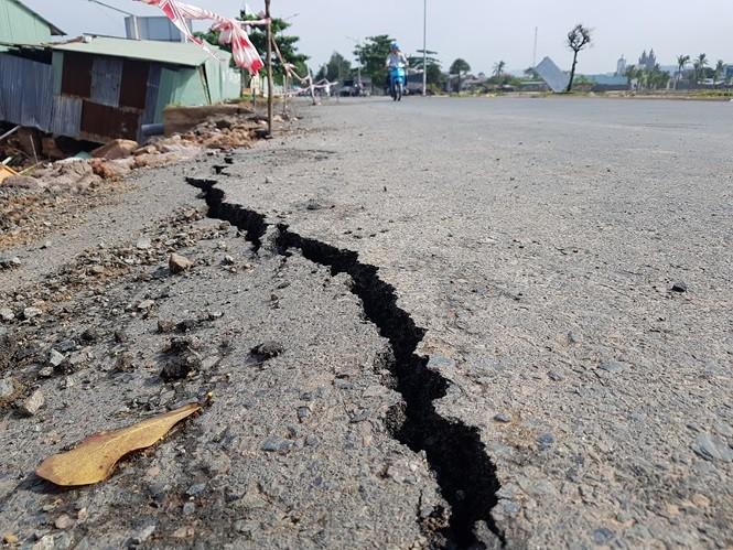 Đường trên đảo Phú Quốc bị tàn phá nghiêm trọng sau trận lụt lịch sử - Ảnh 7.