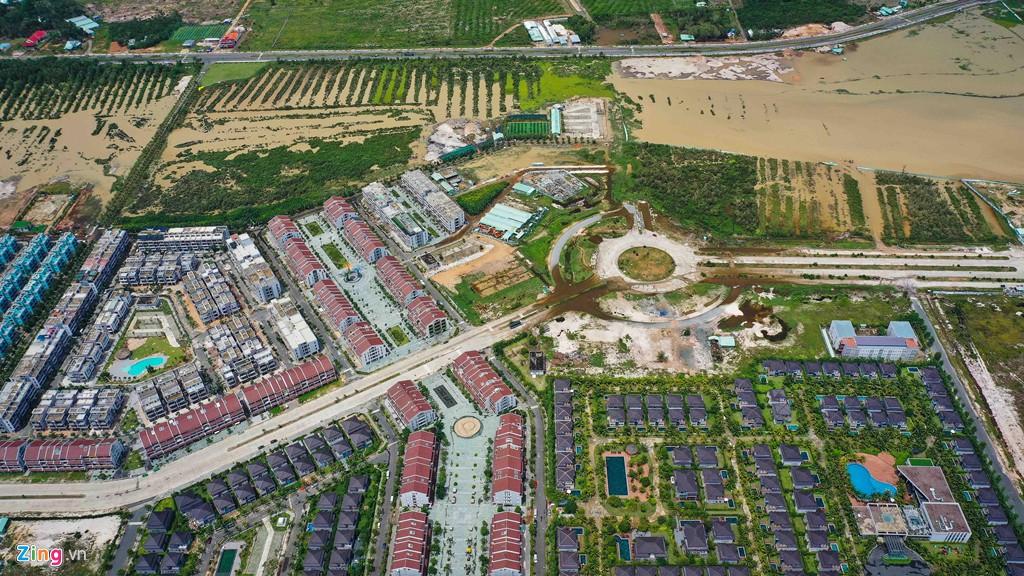 Rừng bê tông chắn kín bờ biển Phú Quốc - Ảnh 11.