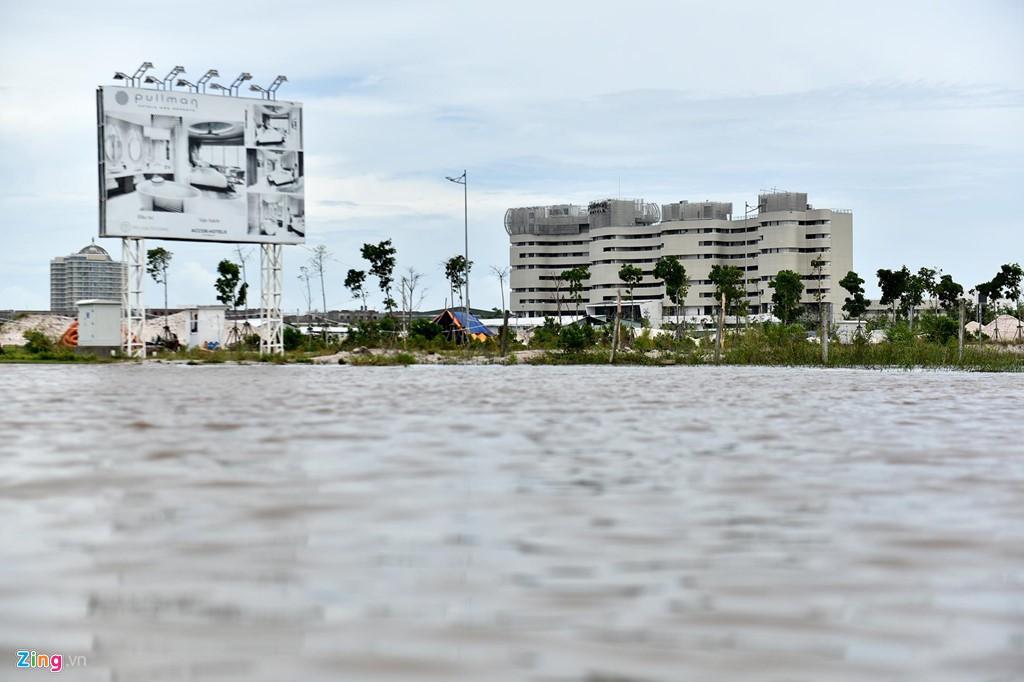 Rừng bê tông chắn kín bờ biển Phú Quốc - Ảnh 15.