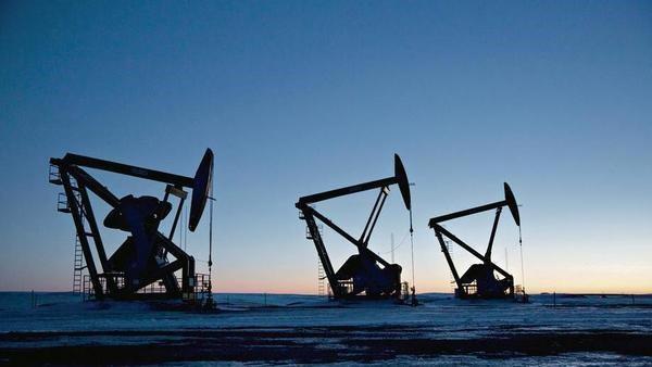 Tập đoàn Dầu khí Trung Quốc ngừng nhập dầu từ Venezuela - Ảnh 1.