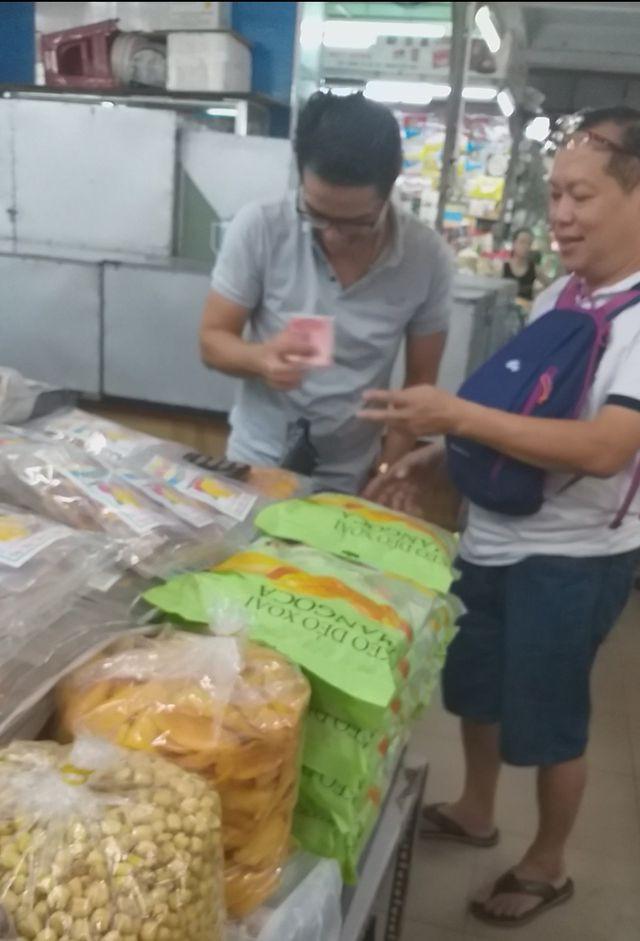 Đà Nẵng: Công khai mua bán hàng hóa bằng ngoại tệ - Ảnh 6.