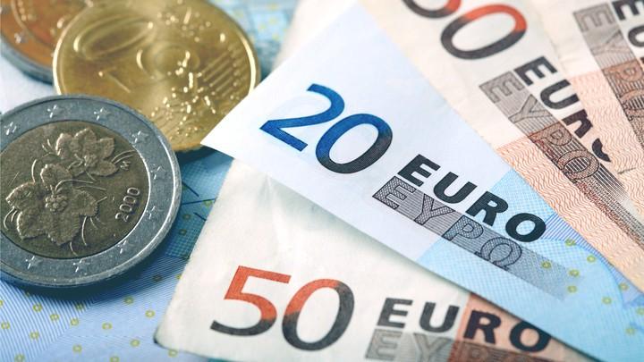 Tỷ giá đồng Euro hôm nay (23/8): Giá Euro trong nước tiếp tục giảm - Ảnh 1.