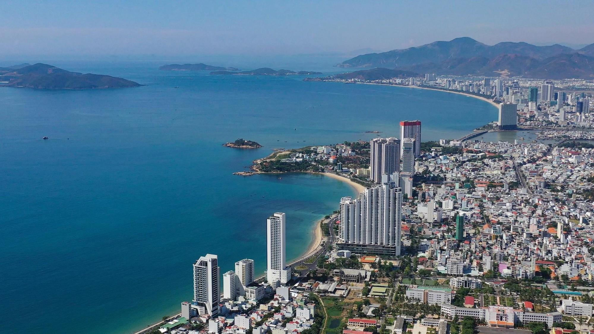 Rừng bê tông ven biển Nha Trang trong cơn thoái trào của condotel - Ảnh 12.