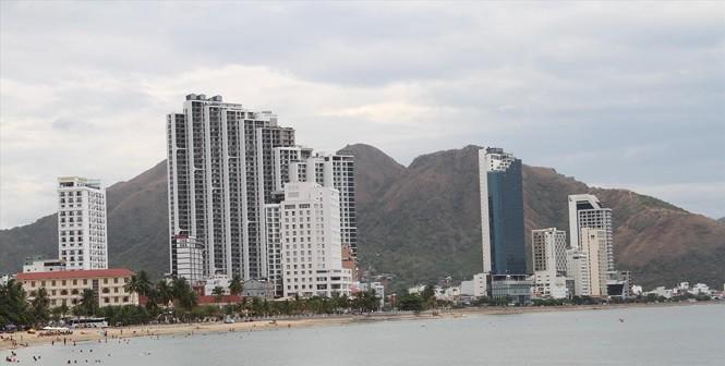 Khánh Hòa 'sáng tác' hàng loạt dự án đất ở ngoài Luật - Ảnh 1.