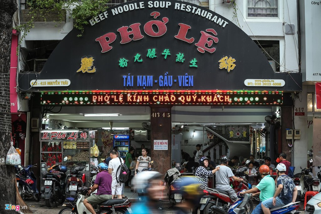 Quán phở 50 năm ở Sài Gòn nhượng quyền khắp Hong Kong - Ảnh 1.