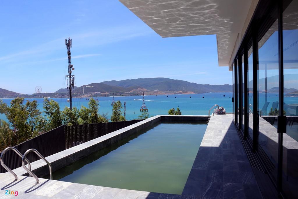 Xẻ núi Nha Trang xây biệt thự biển triệu USD dành cho giới siêu giàu - Ảnh 11.