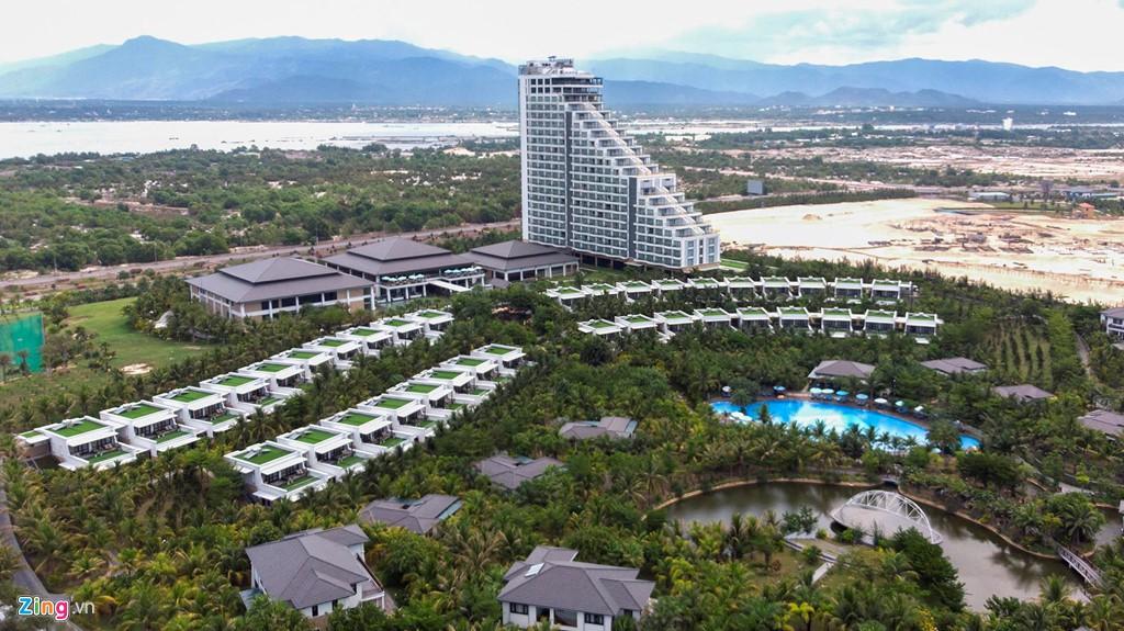 Đại công trường xây dựng hơn 5.000 căn condotel tại Cam Ranh - Ảnh 16.