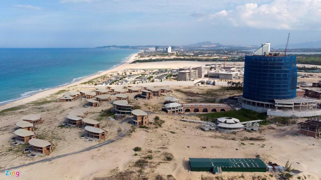 Đại công trường xây dựng hơn 5.000 căn condotel tại Cam Ranh - Ảnh 17.
