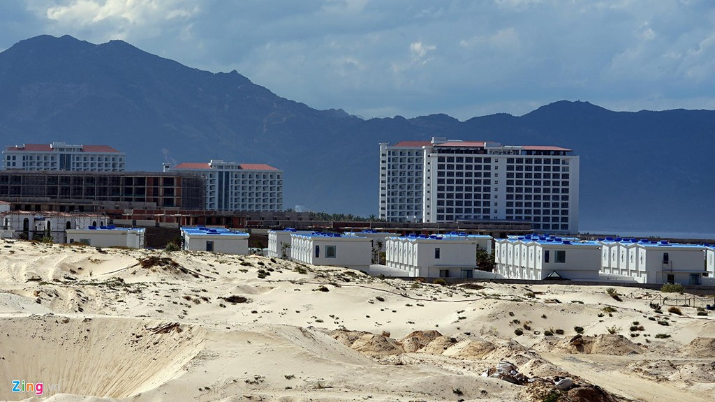 Đại công trường xây dựng hơn 5.000 căn condotel tại Cam Ranh - Ảnh 18.