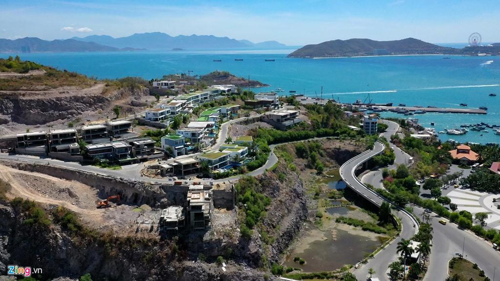 Xẻ núi Nha Trang xây biệt thự biển triệu USD dành cho giới siêu giàu - Ảnh 5.