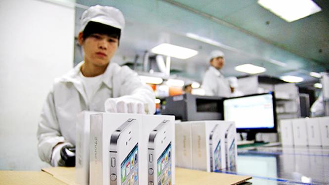 Vì sao bị đánh thuế nặng, Apple cũng sẽ không chuyển nhà máy sản xuất iPhone khỏi Trung Quốc? - Ảnh 1.