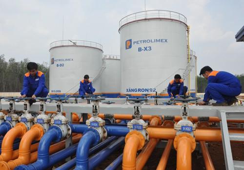 Bùng nổ đầu mối nhập khẩu xăng dầu - Ảnh 1.