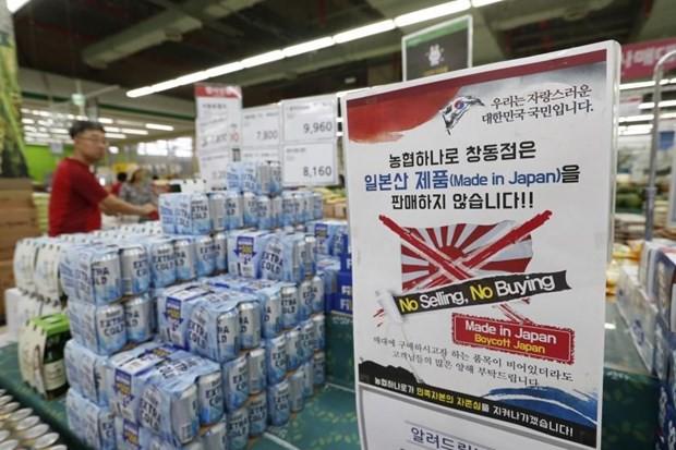 Nhật Bản sẽ lần đầu cấp giấy phép xuất khẩu hóa chất sang Hàn Quốc - Ảnh 1.