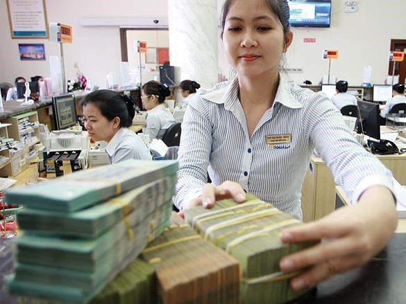 Thêm 3 ngân hàng phát hành thành công 2.500 tỉ đồng trái phiếu - Ảnh 1.