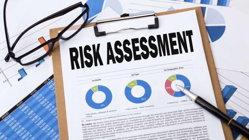 Đánh giá rủi ro kiểm toán (Audit risk assessment) là gì? Các loại rủi ro