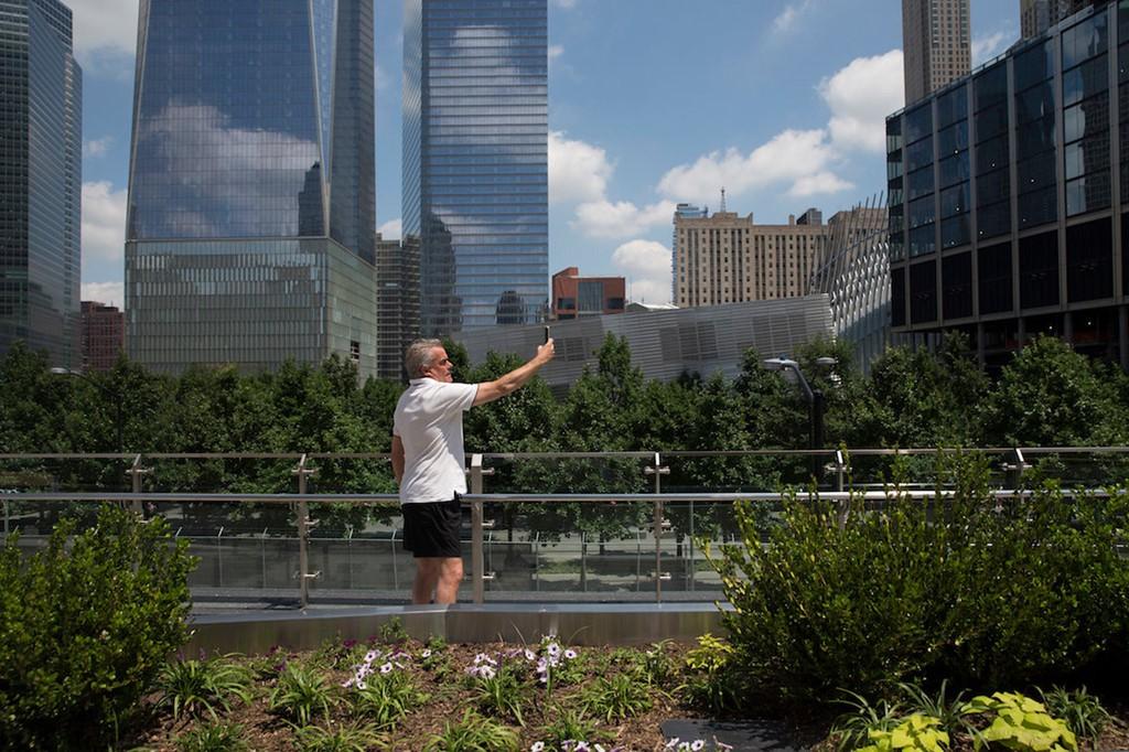 Trung tâm New York hồi sinh ra sao sau thảm họa 11/9? - Ảnh 16.