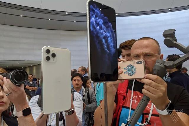 Cận cảnh bộ đôi iPhone 11 Pro và iPhone 11 Pro với cụm 3 camera vừa ra mắt - Ảnh 7.