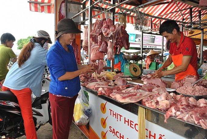 Thịt lợn dự kiến sẽ đáp ứng nhu cầu tiêu dùng Tết 2020 - Ảnh 1.