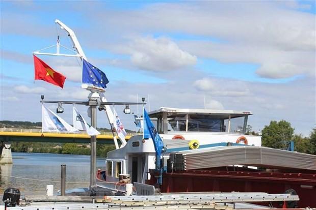 Khánh thành đường vận tải thủy từ nội địa Pháp đến Việt Nam - Ảnh 1.