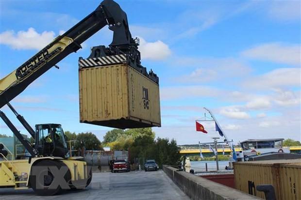 Khánh thành đường vận tải thủy từ nội địa Pháp đến Việt Nam - Ảnh 2.