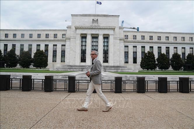 Cuộc đối đầu về lãi suất giữa Tổng thống Donald Trump và Fed - Ảnh 1.