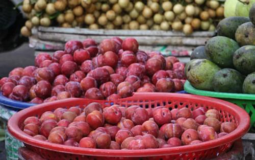 Hơn 114.000 tấn rau quả Trung Quốc đổ về chợ đầu mối - Ảnh 2.