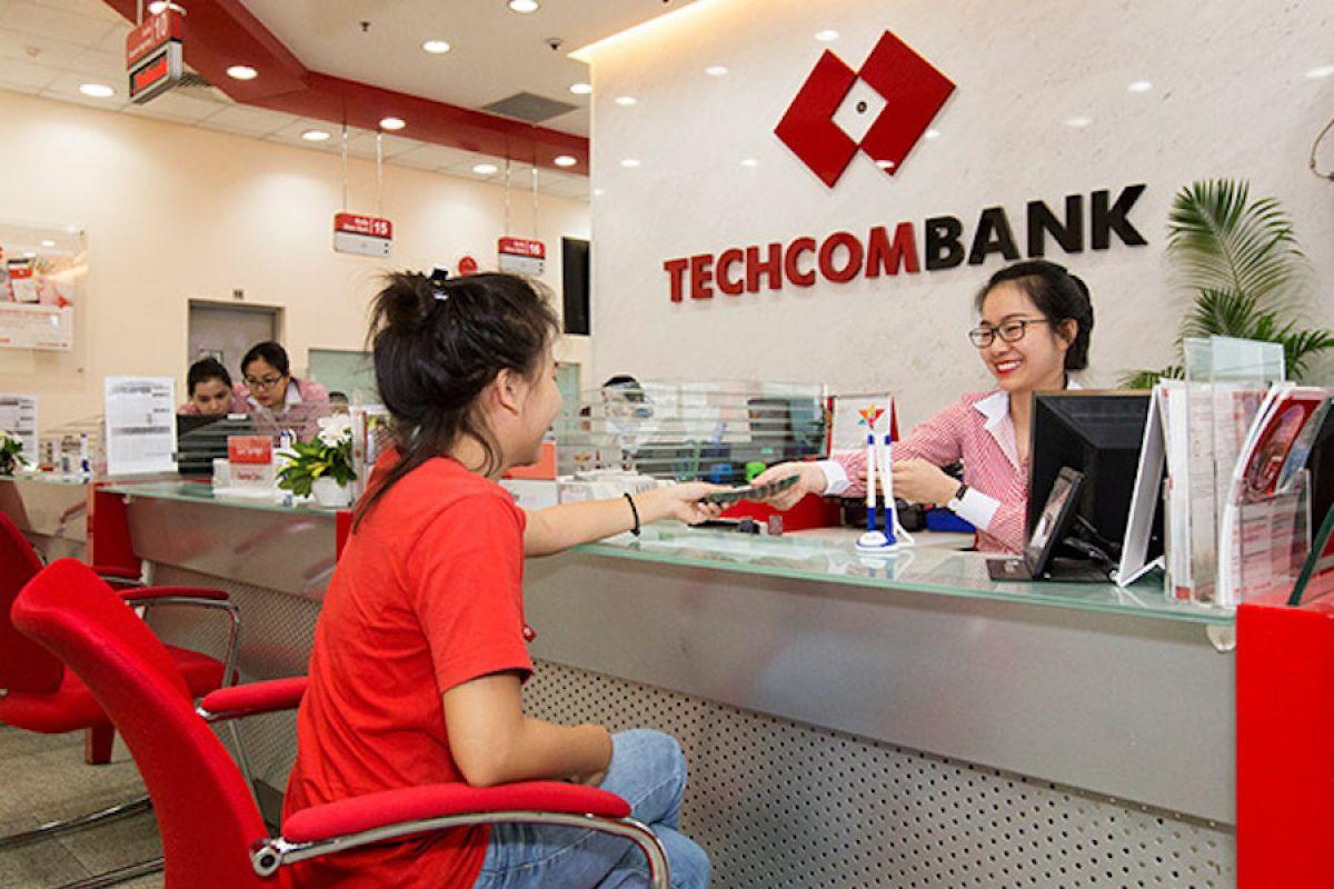 Techcombank-gui-tien-02
