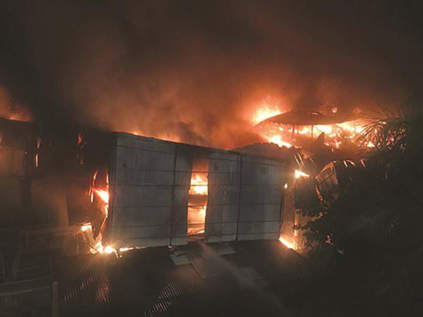 Cháy nhà máy Rạng Đông: Bài học quản lí rủi ro - Ảnh 1.