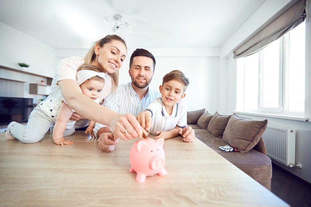 So sánh lãi suất ngân hàng tháng 1/2020: Gửi tiết kiệm 6 tháng ở đâu lãi cao nhất? - Ảnh 1.