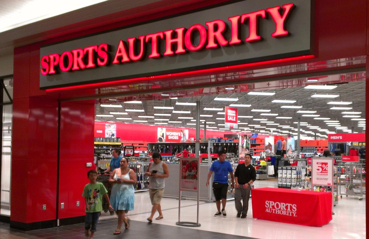 Tử huyệt của những nhà bán lẻ kinh doanh hàng độc quyền  - Ảnh 1.