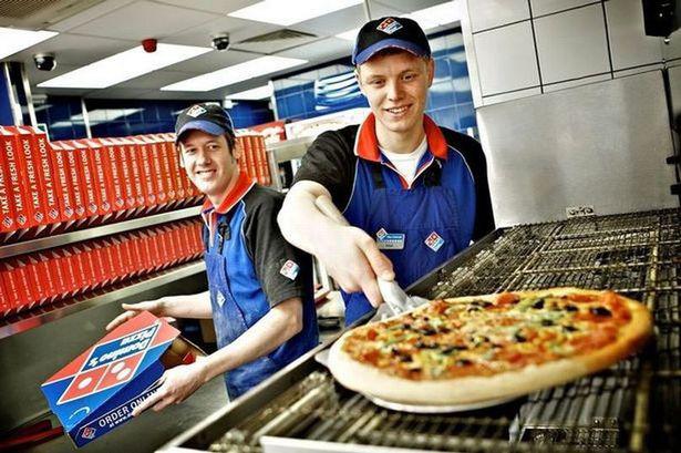 Khi dịch vụ giao món mọc như nấm, đại gia pizza áp dụng chiến thuật té nước theo mưa và hưởng biên lợi nhuận cao hơn - Ảnh 1.