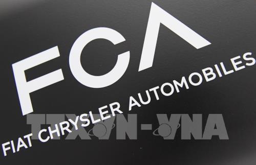 Fiat Chrysler 'bắt tay' với Foxconn tham gia cuộc đua chế tạo ô tô điện - Ảnh 1.